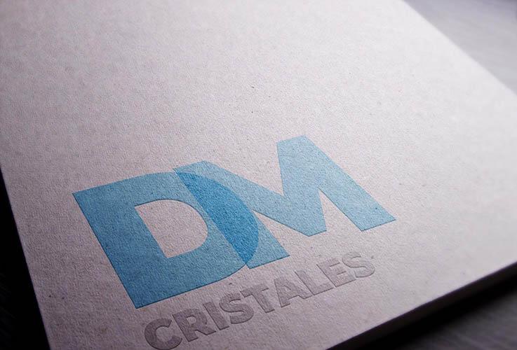 desarrollo de logotipo para dm cristales